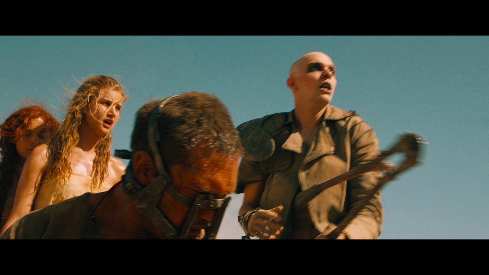Mad Max Furia En El Camino (2015) 1080p BD25 (JPW) 3