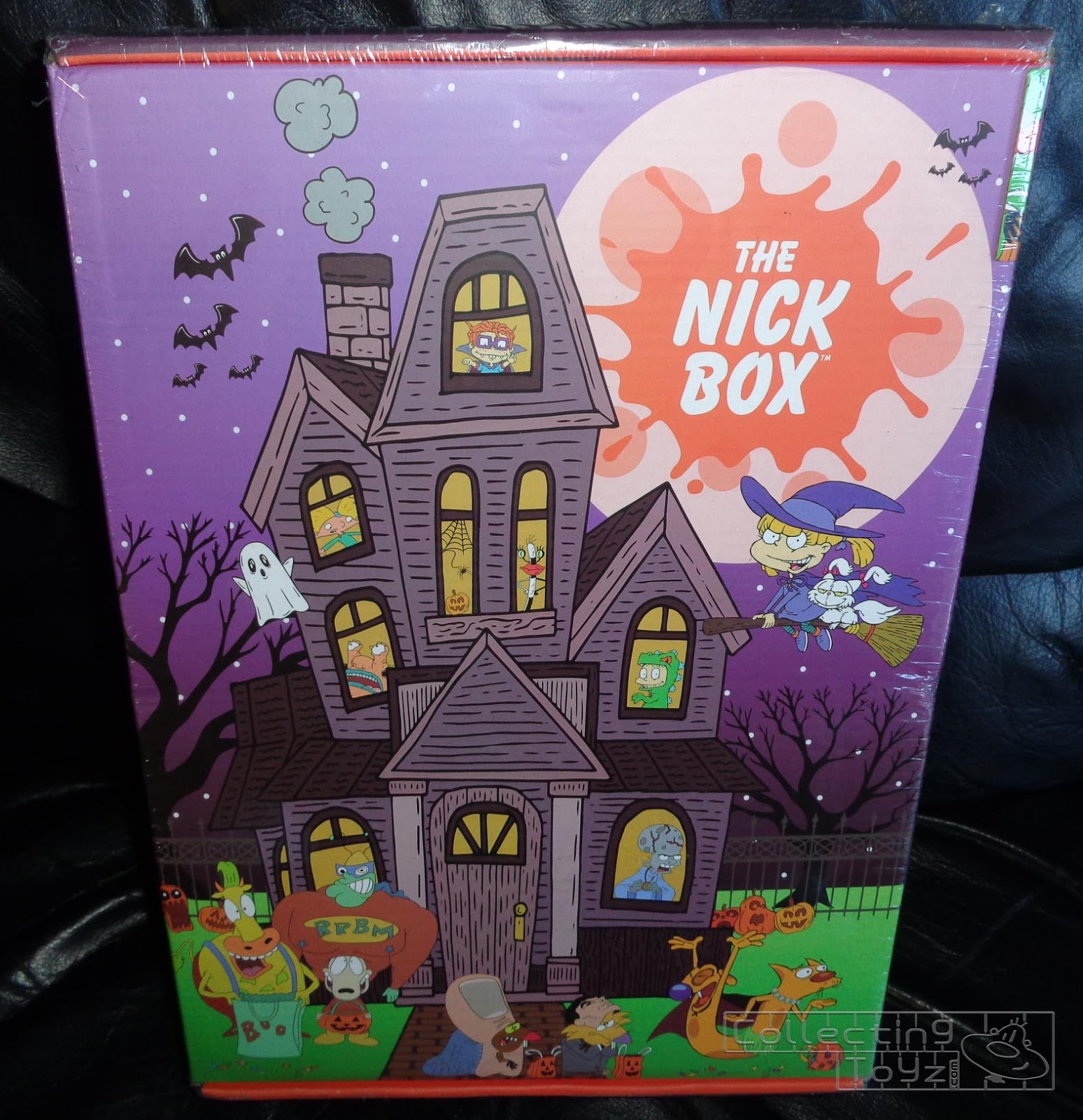 09047861f49 The Nick Box Trick or Treat Unboxing