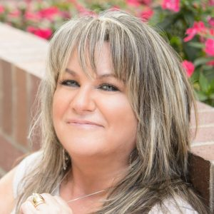 Interview with LS Hawker @LSHawker_Author​
