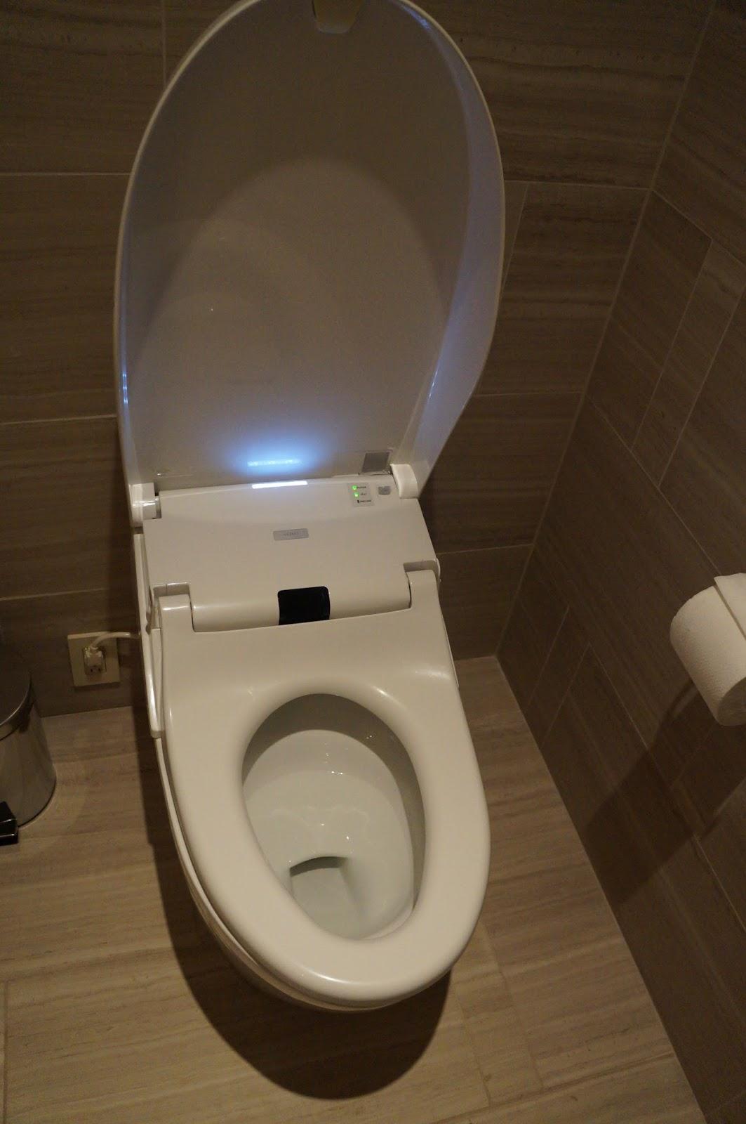 Famous Toto Bidet Embellishment - Bathtubs For Small Bathrooms ...