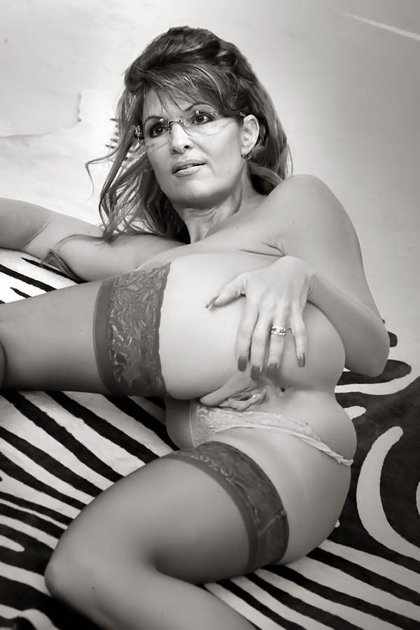 Sarah Palin Fake Naked 11