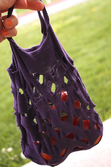 Easy Knit produce bag // www.deliacreates.com