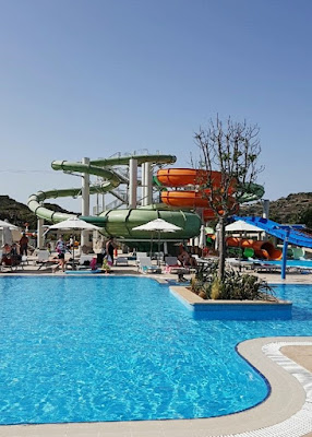 Amada Colossos Resort review waterpark
