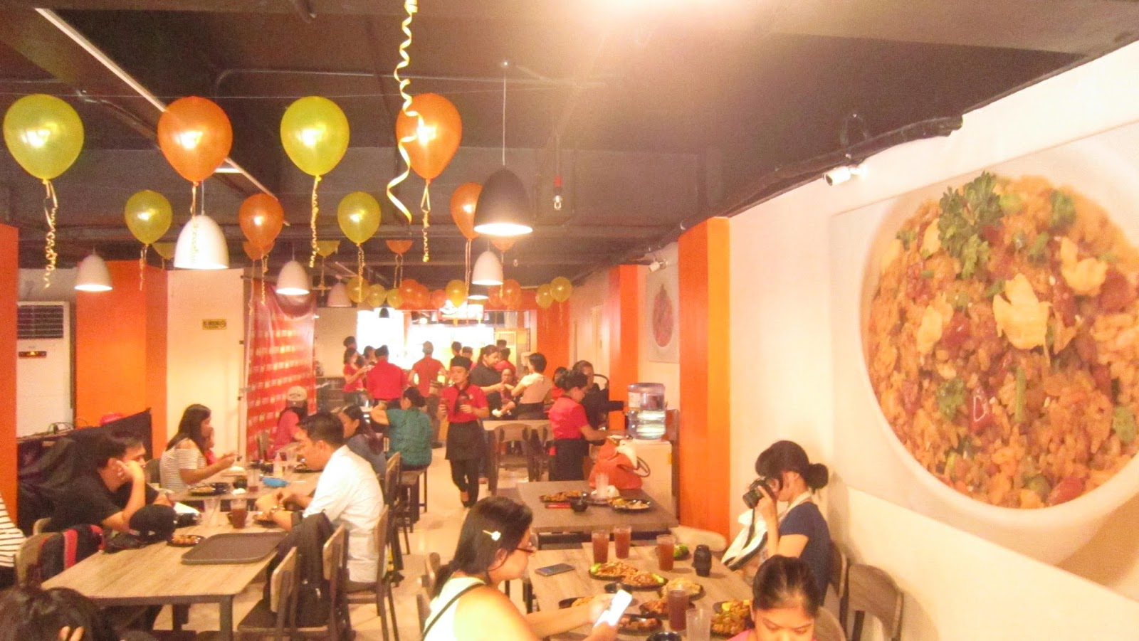 Ms Ai Ai Delas Alas Opened Her New Restaurant In Quezon City # Muebles Para Food Court
