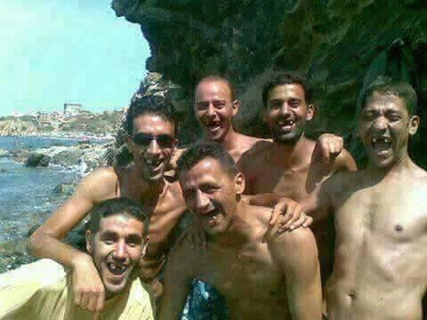 صور مضحكة البحر في الجزائر