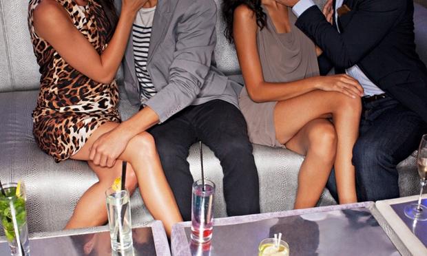Τέσσερις συλλήψεις Σάββατο βράδυ σε Swingers Club στον Πειραιά για Διευκόλυνση Ακολασίας