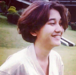 Download Lagu Nike Ardilla Sandiwara Cinta mp3 Full Album ( 1995 )