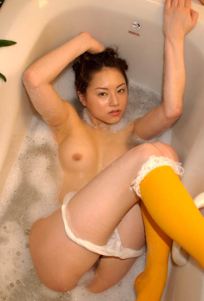 akiho yoshizawa hot naked pics 04