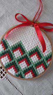 http://silviainpuntadago.blogspot.com/2018/11/we-love-christmas-sal-2018_26.html