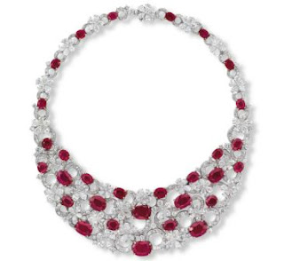 7. Etcetera's Burmese Ruby Necklace - $ 6,4 Juta