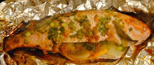Рыбу запечь в духовке