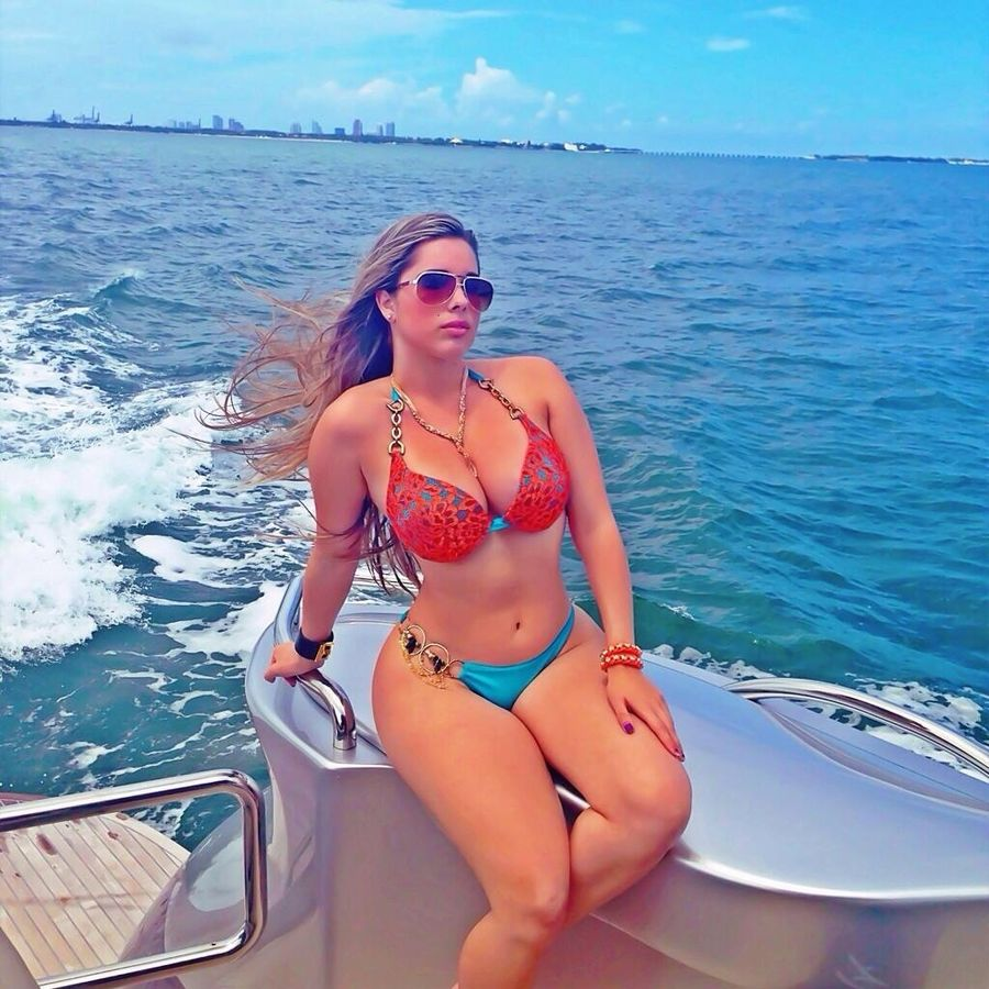 cleavage Feet Kathy Ferreiro naked photo 2017