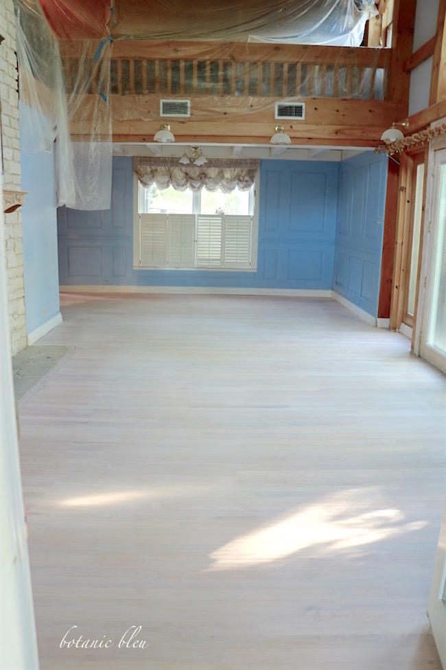 white-washed-solid-oak-floor