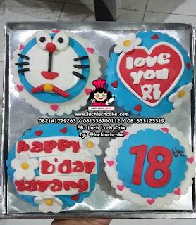 Cupcake Fondant 2D Doraemon
