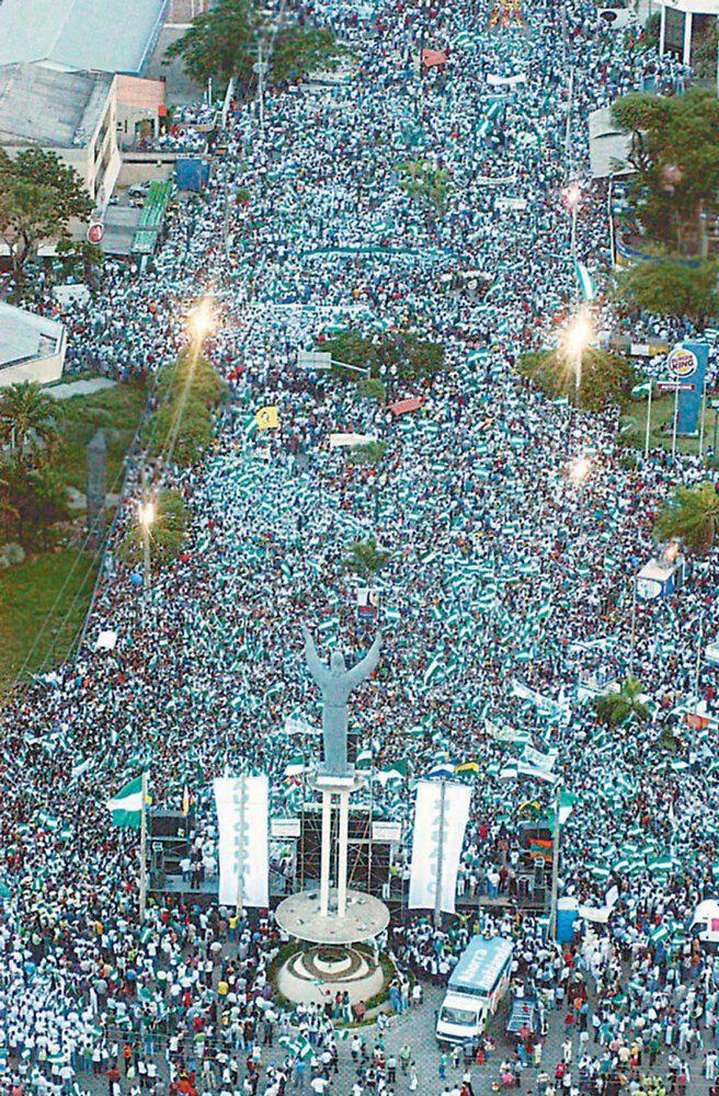 El cabildo del millón en Santa Cruz marcó un hito democrático / ARCHIVO/ TWITTER