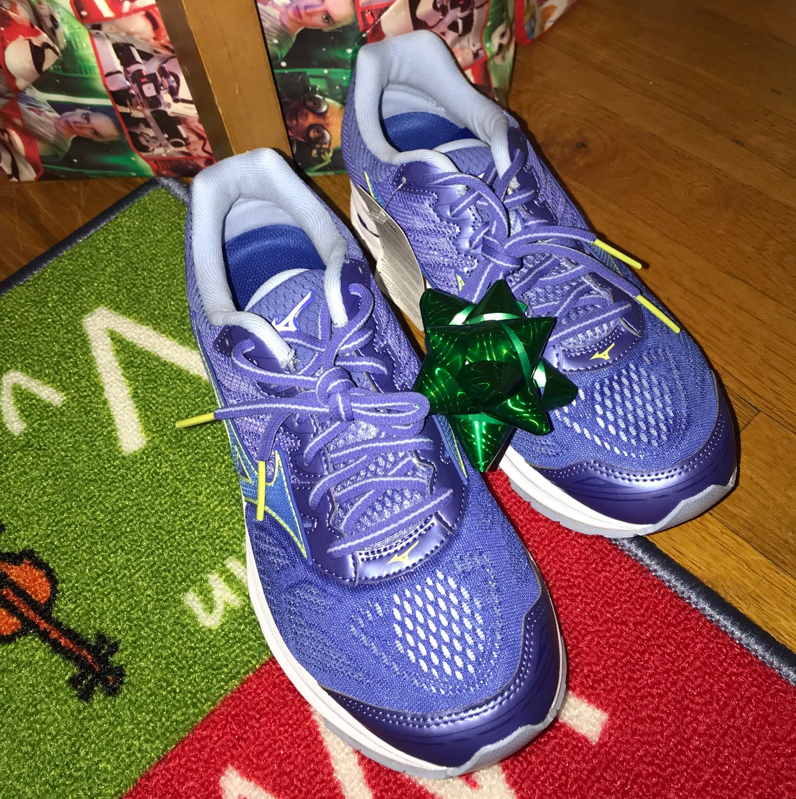 size 40 1618b 447f0 So, as we get ready for this new year and to tackle all those goals you  might have. make sure to spoil yourself or ask Santa Claus for a pair of  the Mizuno ...
