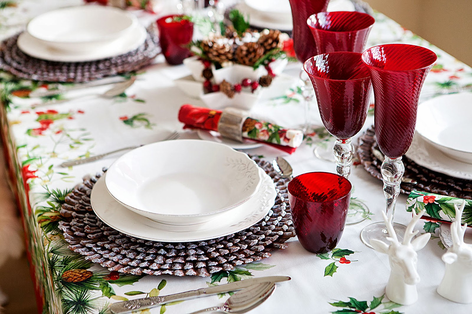 Addobbi Natalizi Zara.Zara Home Tablecloth Christmas Collection 2014 La Burbuja Rosa