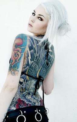 Latest-Stylishly-Challenging-Back-Tattoos-Ideas-for-Women-11