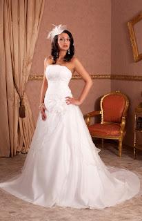 Günstige Brautkleider, Brautmoden günstig, preisreduziert