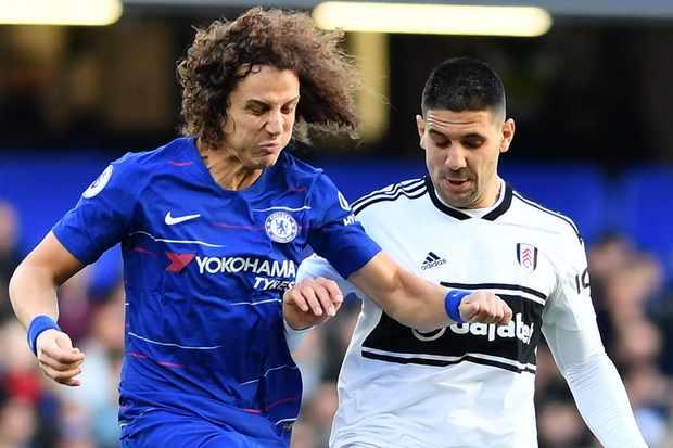 Chelsea FC David Luis and Fulham Aleksandar Mitrovic
