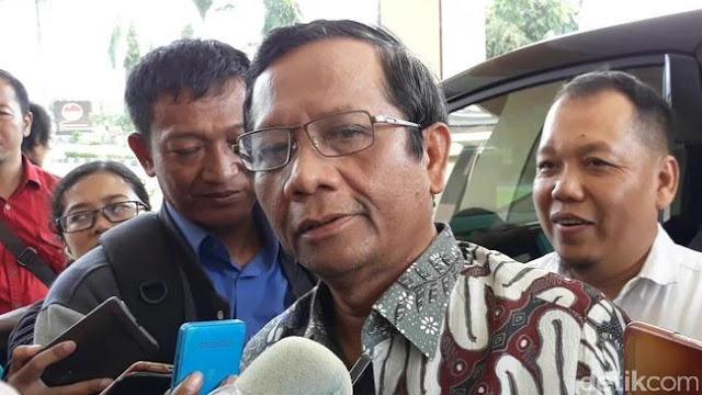Mahfud MD: Tak Mungkin Rommy Ditangkap atas Perintah Tim Jokowi