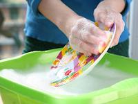 come-fare-miscela-sapone-piatti-fatto-in-casa