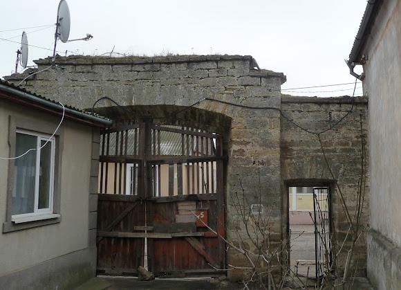 Білгород-Дністровський. Брами і арки