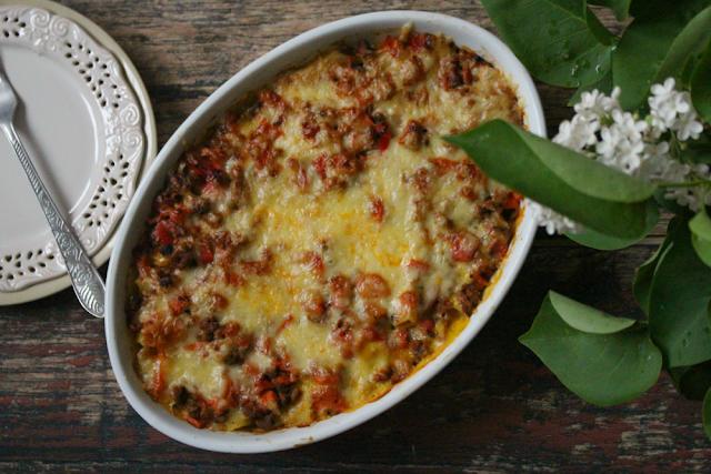 Zapiekanka bolońska (lasagne dla leniwych).
