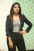 Actress Eesha Looks gorgeous in Blazer and T Shirt at Ami Tumi success meet ~  Exclusive 143.JPG
