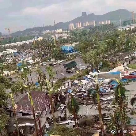 8 bojā gājušie virpuļviesuli Ķīnā