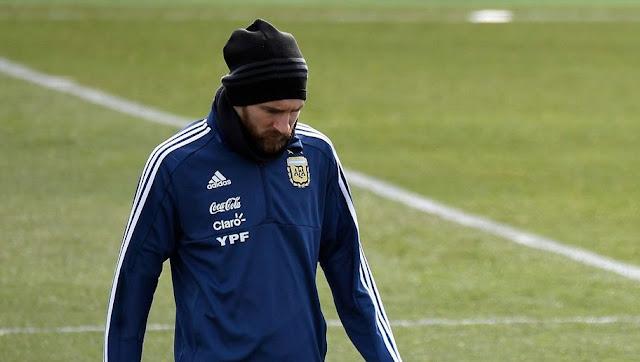 La blessure de Lionel Messi inquiète le Barça et l'Argentine