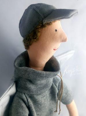Krysia to uszyła - anioł rozrabiaka - portret z profilu