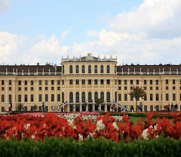 8-शुनब्रुन्न पैलेस, विएना, ऑस्ट्रिया (Shabun place, Vienna, Austria)
