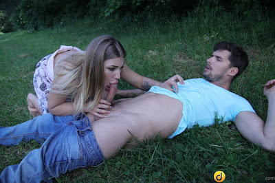 Vyvan Hill – Sex Outside for Horny Young Teen – Dane Jones