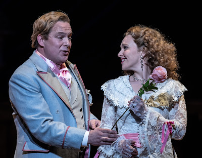 Lehar: The Merry Widow - Robert Murray, Rhian Lois - English National Opera (© Clive Barda)