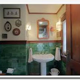 Arts and crafts style bathroom design