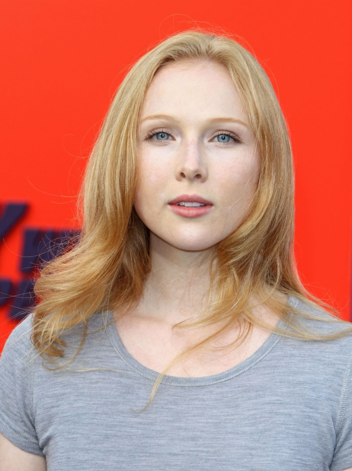 Watch Molly C. Quinn born October 8, 1993 (age 25) video