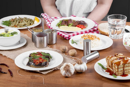 Ikuti 3 Tips Berikut Agar Tidak Makan Berlebih Saat Buka Puasa Ramadan