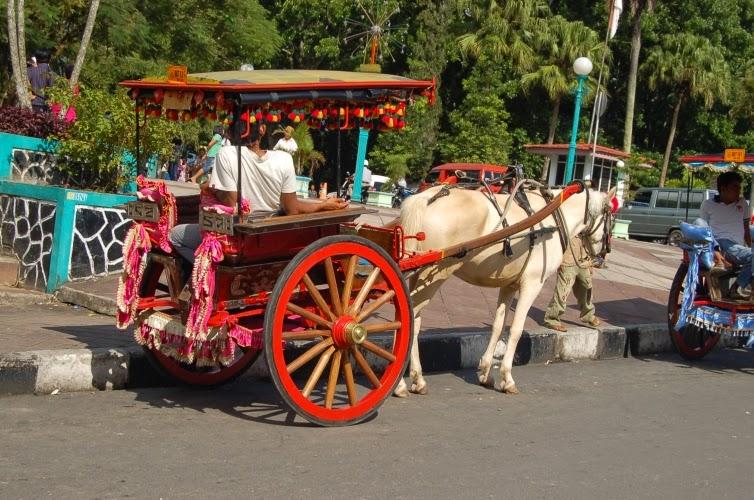 Gambar Alat Transportasi Tradisional ~ Raja Jempol Blog