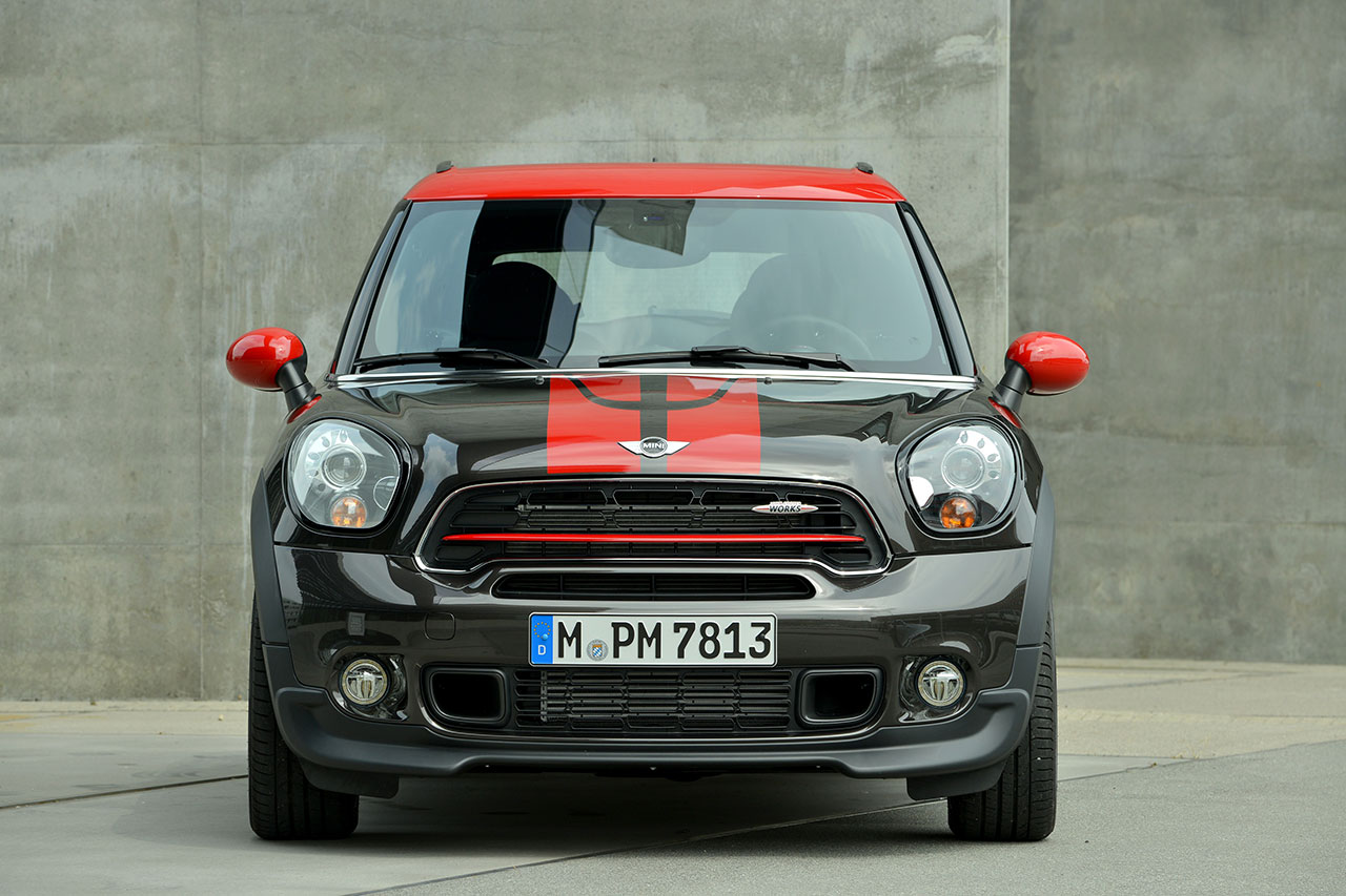 The new MINI John Cooper Works Paceman front