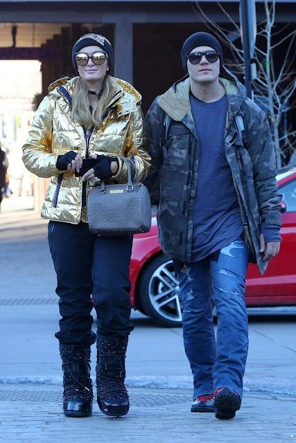 Paris Hilton and Chris Zylka Stroll Picture