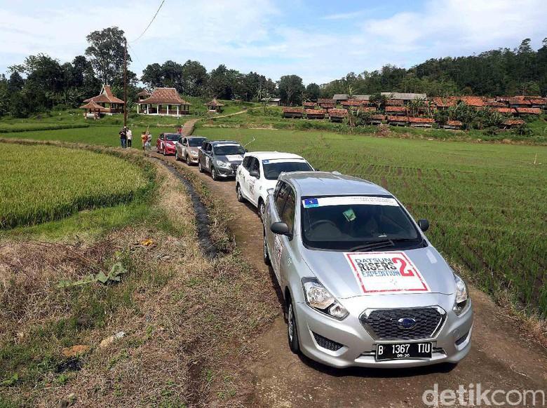 Datsun Jadi Taksi Online, Bakal Lebih Menguntungkan ...