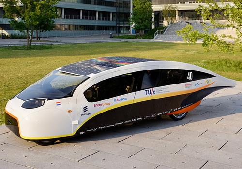 Tinuku Stella Vie five-seat solar-powered car by Eindhoven team