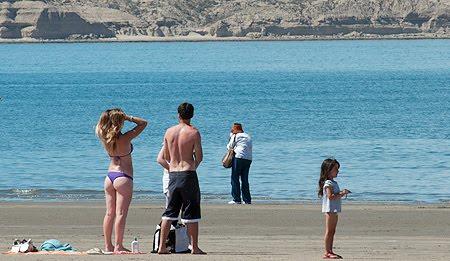 Verano en Puerto Piramides, Playa de Península Valdés en Patagonia