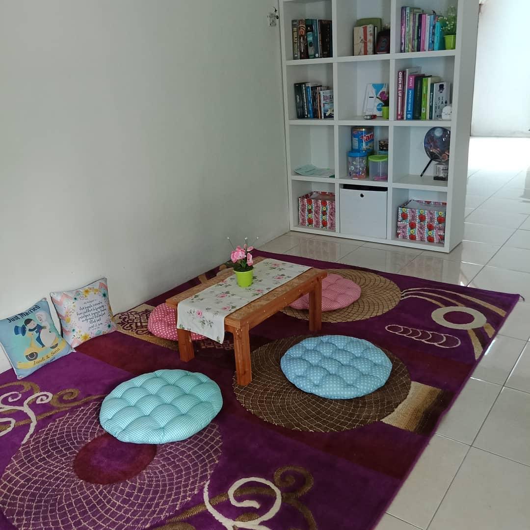 Desain Ruang Tamu Lesehan Sederhana