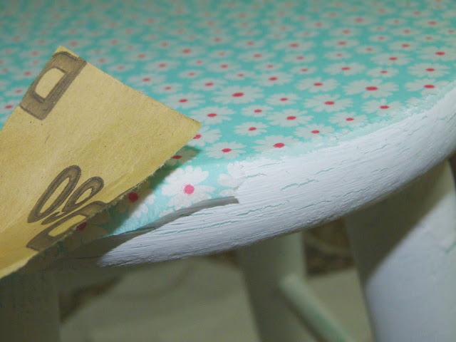 taburete-madera-decorar-decoupage