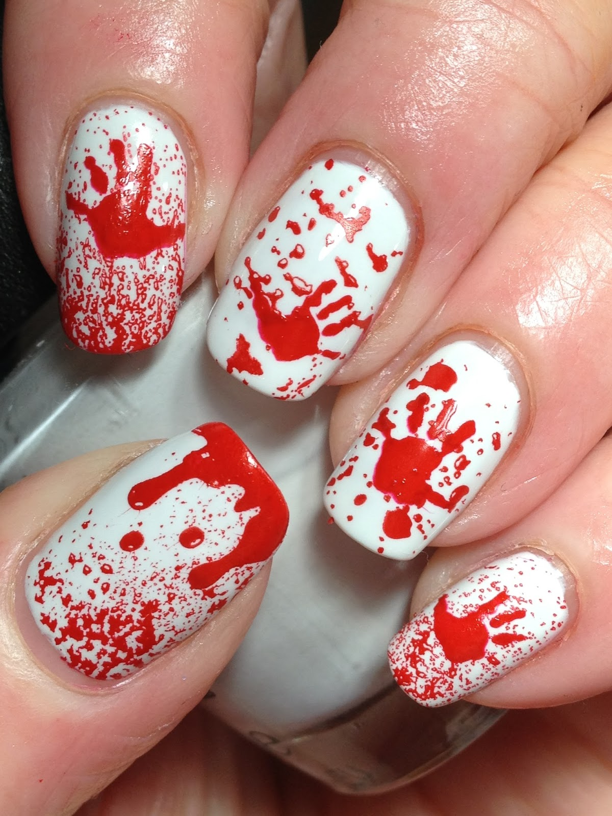 Canadian Nail Fanatic: Halloween Bloody Hands!