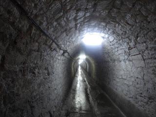 tunelul care duce in salina
