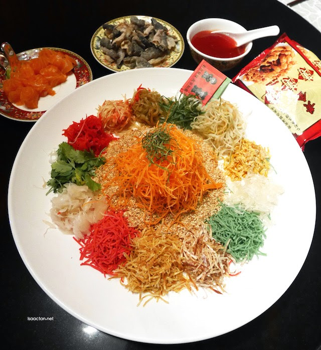 Yee Sang with Norwegian Salmon and Crispy Fish Skin