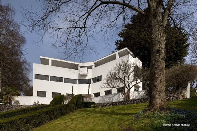 Residencia de estilo Moderno en Inglaterra años 30